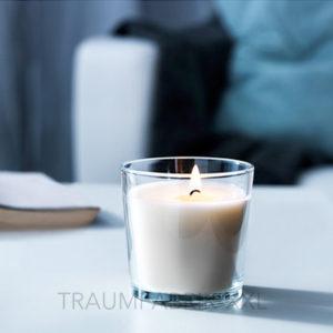 ikea duftkerze kerze im glas vanillearoma 25 std brenndauer vanille weiss neu traumfabrik xxl. Black Bedroom Furniture Sets. Home Design Ideas