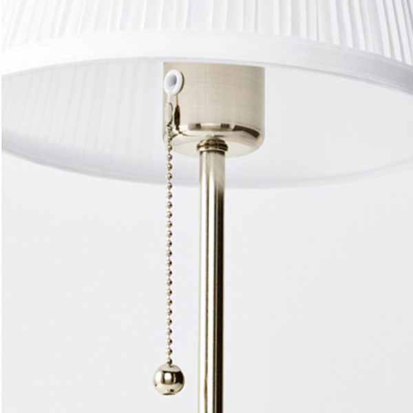 IKEA ÅRSTID Tischlampe weiß Nachttischlampe Regalleuchte ...